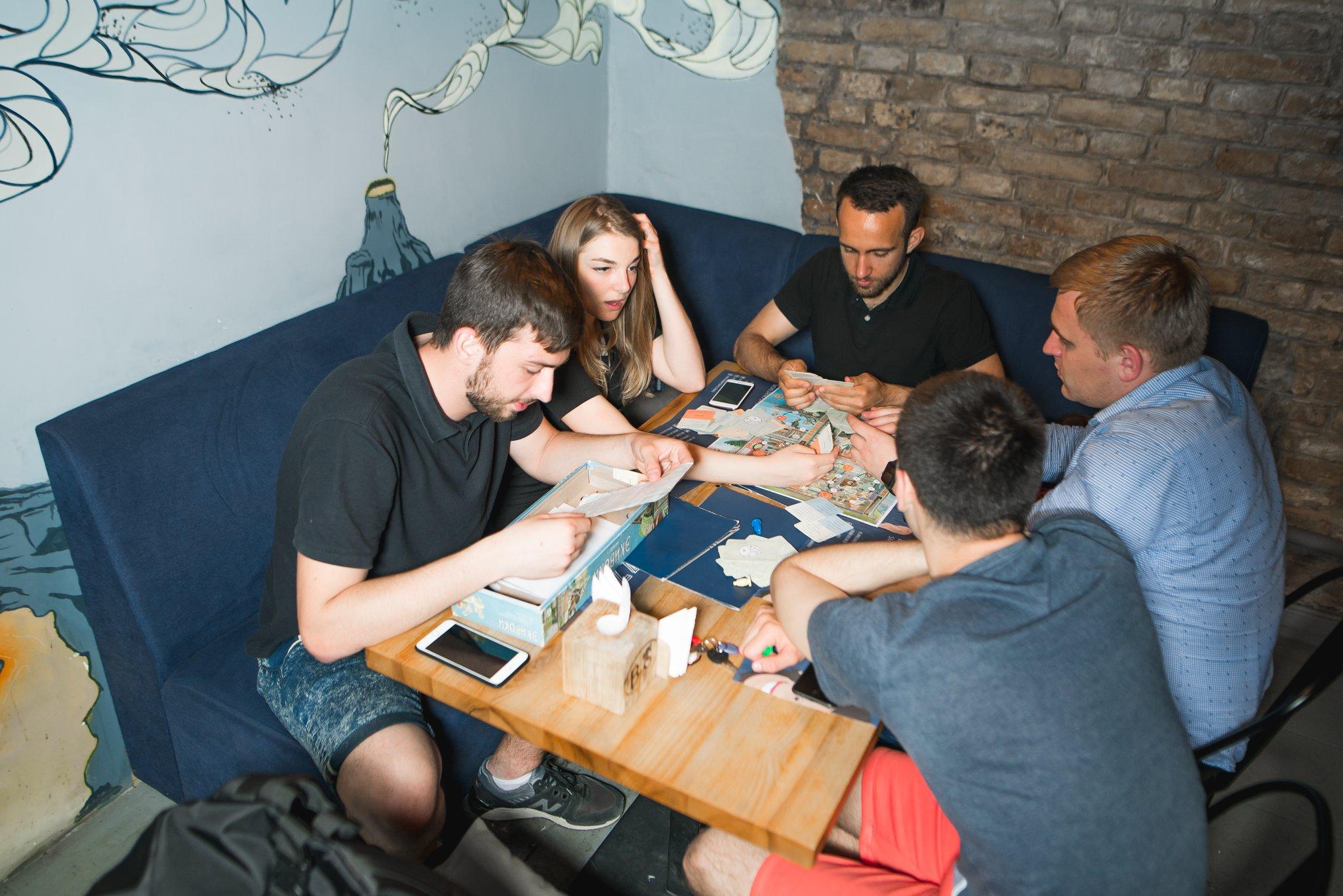 играть в в карты ли баре можно